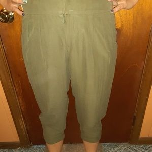 Anthropologie capri pants olive